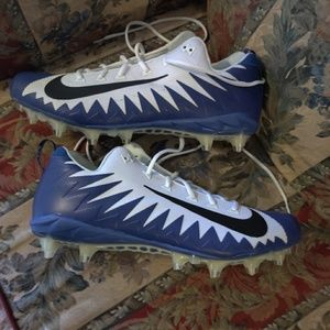 Nike Alpha Menace Pro Low TD PF Football Cleats